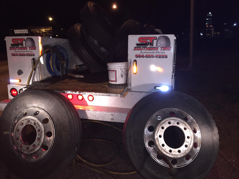 24 Hour Semi Trailer Repair 904 389 7233 – Tires Brakes Doors